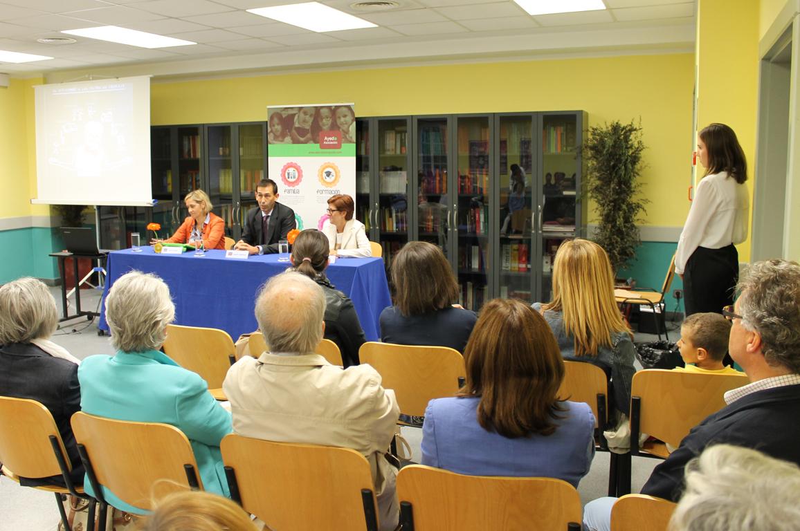 01 Evento acto de presentación de actividades extraescolares de asociacion ayedo de Logroño la rioja