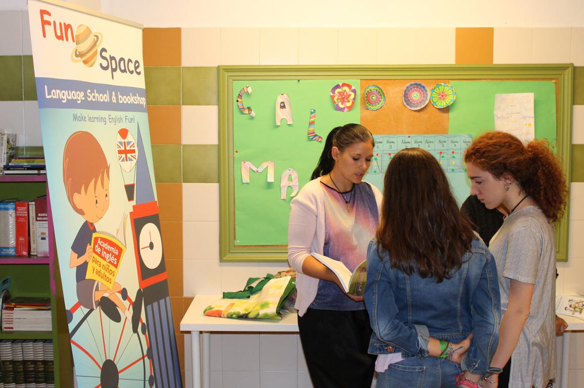 04 Evento acto de presentación de actividades extraescolares de asociacion ayedo de Logroño la rioja