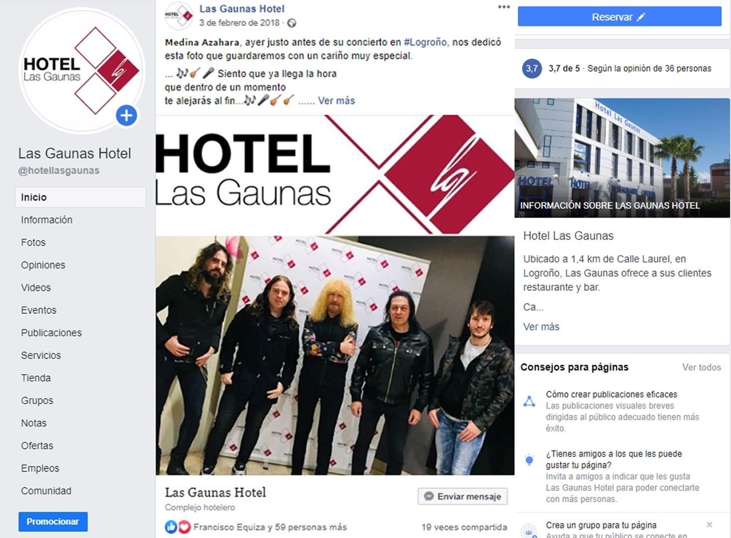 001 blogger community manager hotel (Large)